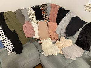 Med & Small Clothes Lot for Sale in Dallas, TX