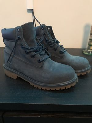 Blue timberlands size 5 for Sale in Miami, FL