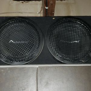 Loaded 12 Inch Pioneer Box for Sale in Glendale, AZ