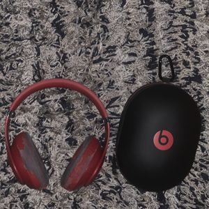 Beats Studio Wireless Headphones for Sale in Lake Worth, FL