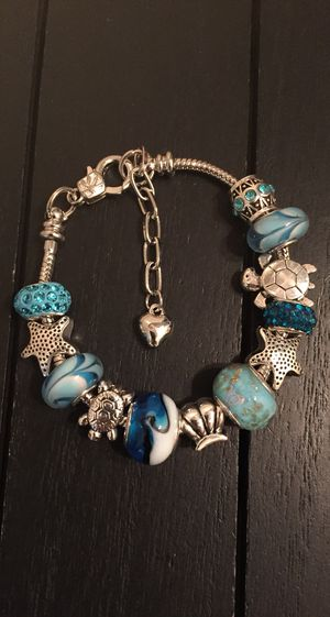 "7"" Ocean Wave 925 Silver Plated Charm Bracelet with Murano Glass Beads and Austrian Crystal Beads (seashell, turtle, starfish, ocean) for Sale in Riverside, CA"