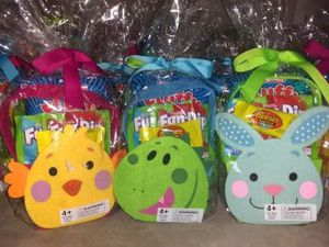 Easter baskets with candy for Sale in Fort Wayne, IN