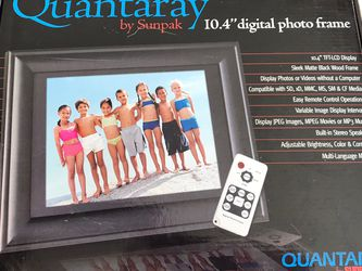 Digital Picture Frame for Sale in Cheswick,  PA