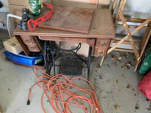 Antique Sewing table for Sale in Monkton, MD