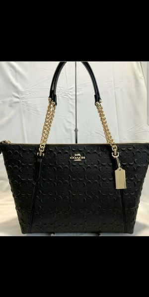 $170 FIRM.. COACH SIGNATURE LEATHER EMBOSSED AVA CHAIN TOTE HANDBAG BAG PURSE BLACK F49499. NEW WITH TAGS.. TAG PRICE $450. for Sale in Mesa, AZ