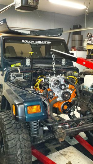 *LIFTED 5.2 L. V8 MAGNUM 1998 JEEP WRANGLER TJ 4X4* for Sale in Valparaiso, IN