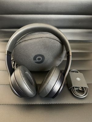 Beats Solo3 Wireless Headphones for Sale in San Diego, CA