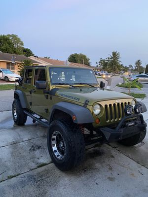 Jeep Wrangler 2007 185k mill título limpio $9800 for Sale in West Palm Beach, FL
