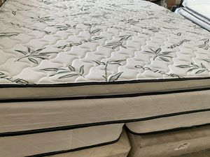 NEW king size pillow top mattress for Sale in Largo, FL