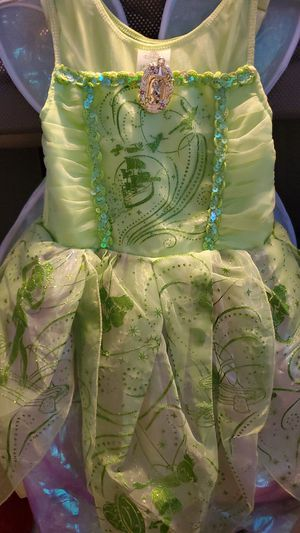 Tinkerbell Costume With Light Up Wings Size 5/6 for Sale in Los Angeles, CA