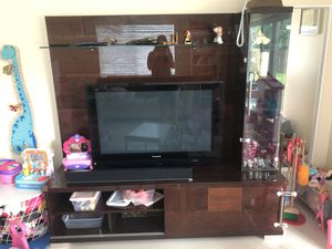 Tv unit and tv for Sale in Pembroke Pines, FL