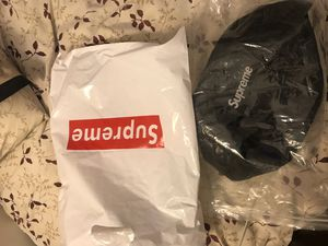 Brand new SUPREME waist bag for Sale in Middle River, MD