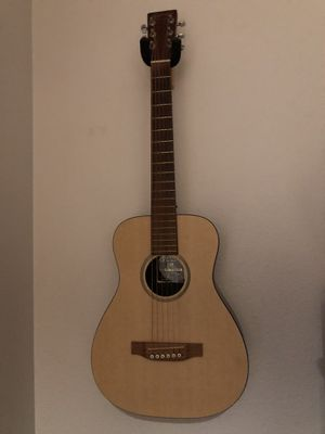 Little Martin travel guitar with gig bag for Sale in Federal Way, WA