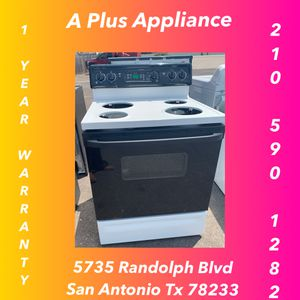 Ge Black And White Electric Stove 1 Year Warranty for Sale in San Antonio, TX