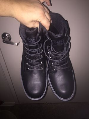 Work boots size 11 for Sale in Baltimore, MD