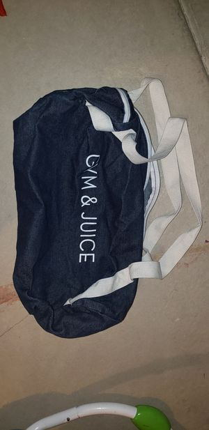 Gym bag duffle bag for Sale in Aurora, CO