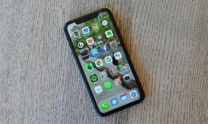 iphone XR *Factory unlocked *like new *30 days warranty for Sale in Springfield, VA