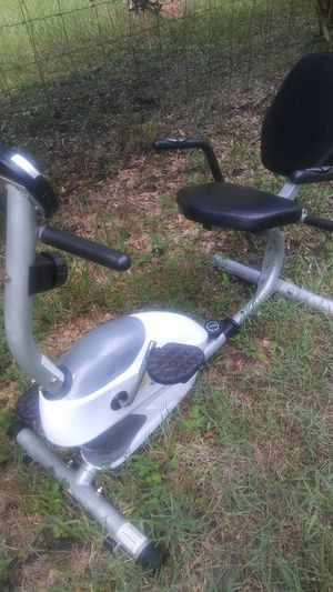 Workout machine. Works leggs/abs/arms. Works great and in great condition. CHEAP for Sale in Palm Harbor, FL