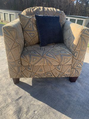 Nice chair for Sale in Raleigh, NC
