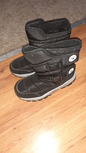 Size 2 kid Snow Boot, 1.5 Timberland for Sale in Brooklyn Park, MD