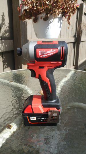 New Milwaukee hammer drill and 4ah battery for Sale in Reynoldsburg, OH