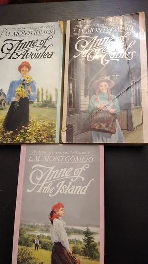 Annie of green gables book set for Sale in Walnut Creek, CA