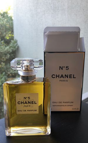 Chanel No 5 Eau De Parfum for Sale in Los Angeles, CA