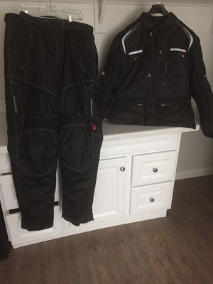 Sedici Motorcycle 3-in-1 jacket and riding pant for Sale in Las Vegas, NV