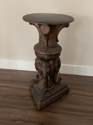 Indian Global Market Antique table for Sale in Kent, WA