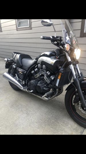 Motorcycle Yamaha Vmax for Sale in Houston, TX