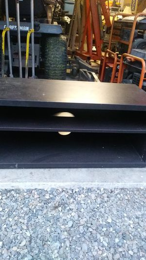 Tv stand free for Sale in Sumner, WA