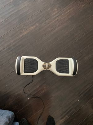 Hoverboard comes with charger & carrying bag . slightly used. for Sale in Las Vegas, NV
