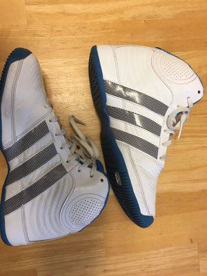Women's/Girl's Adidas Basketball Shoes for Sale in Oviedo, FL