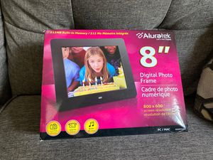 "Aluratek 8"" Digital Photo Frame for Sale in Ithaca, NY"