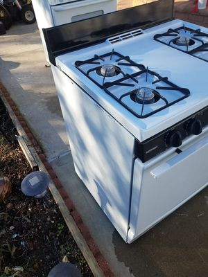Hot point gas stove for Sale in Floral Park, NY