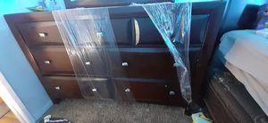 Bedroom furniture set for Sale in North Las Vegas, NV