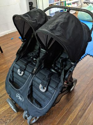 City mini double stroller for Sale in Queens, NY