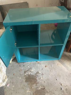 Small shelf for Sale in Richardson, TX