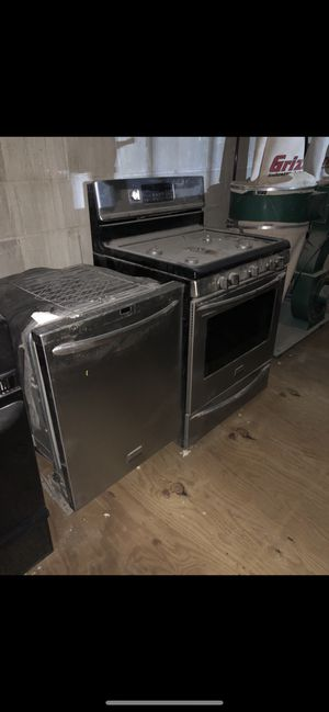 Kitchen appliances as show on pic for Sale in Brooklyn, NY