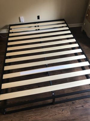 Black modern bed frame - size full less than 6 months old for Sale in Wilder, KY