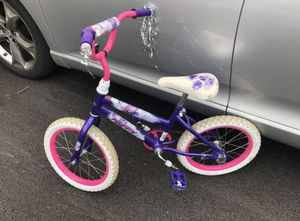 Kids Huffy Bike 14 wheel for Sale in Schaumburg, IL