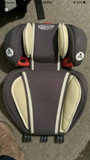 Graco booster seat ! I have two top part for Sale in Englewood Cliffs, NJ