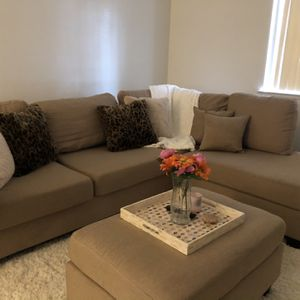 Brand New Sand Color Comvertable Sectional For Sale! for Sale in Visalia, CA