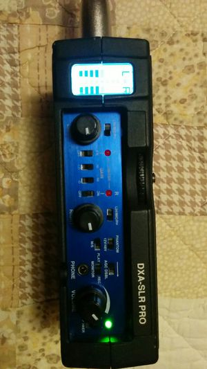 Beachtek Dxa-SLR Pro Audio preamp adapter dslr cameras for Sale in New York, NY