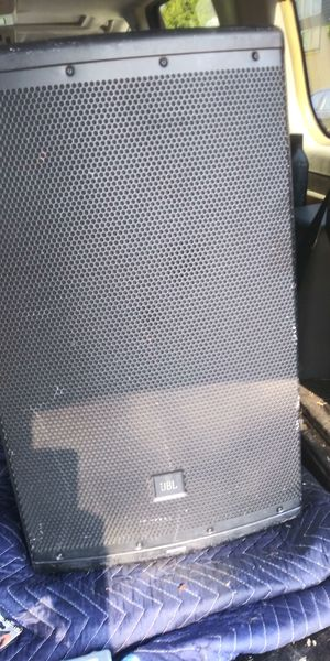 One serious speaker jbl eon615 for Sale in Columbus, OH