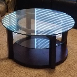Glass & wood coffee table for Sale in Euless, TX