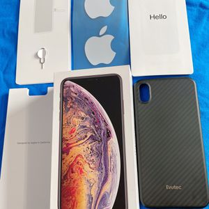 (GOLD) IPhone XS MAX - 256GB Factory Unlocked for Sale in San Diego, CA