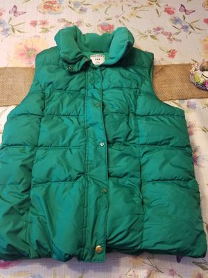 Old Navy Puffer Vest, Med for Sale in Fairfax, VA