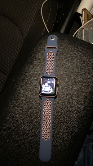 !!!!!!!Apple Watch series 3 38mm rose gold!!!!!!! T-mobile for Sale in Los Angeles, CA