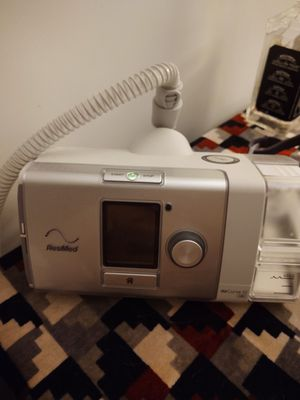Simplest medium size face cushion for a CPAP machine filters humidifier tub and tubing for sale (CPAP machine not included) for Sale in Avondale, AZ